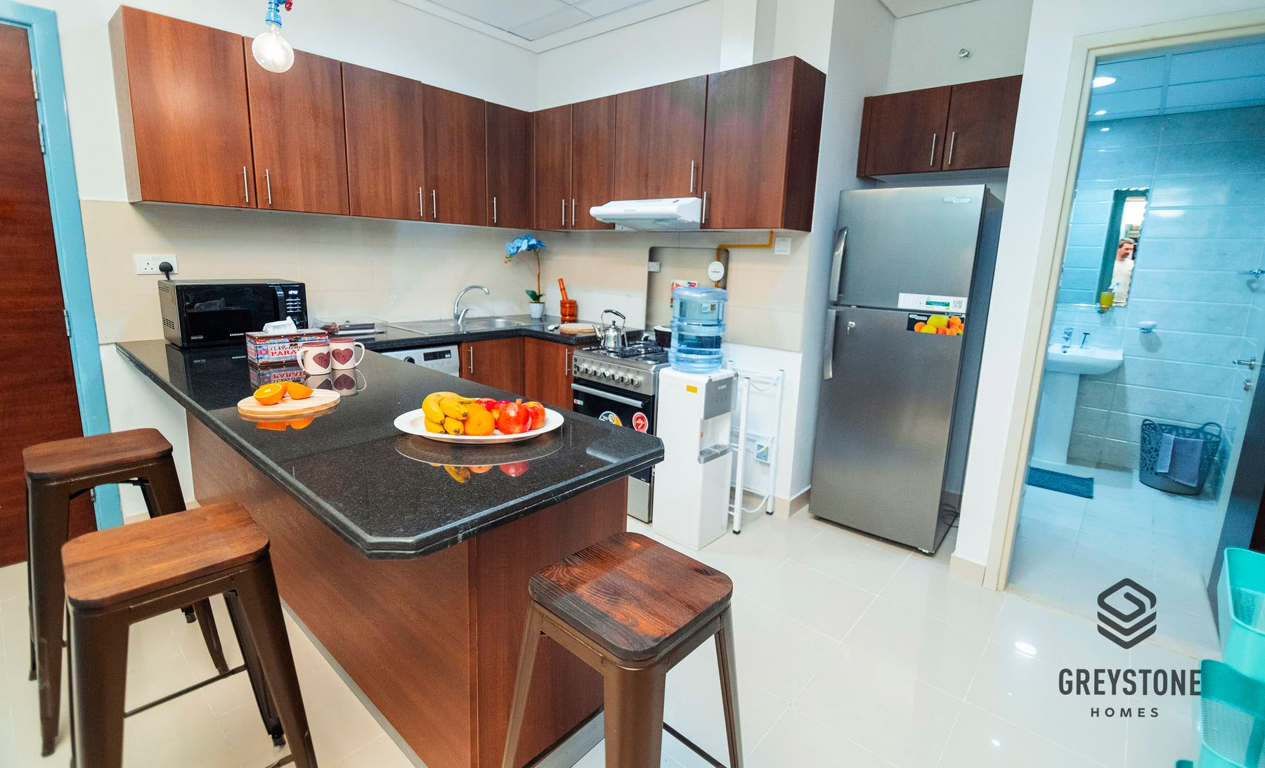 Comfortable And Colorful Apartments For Rent